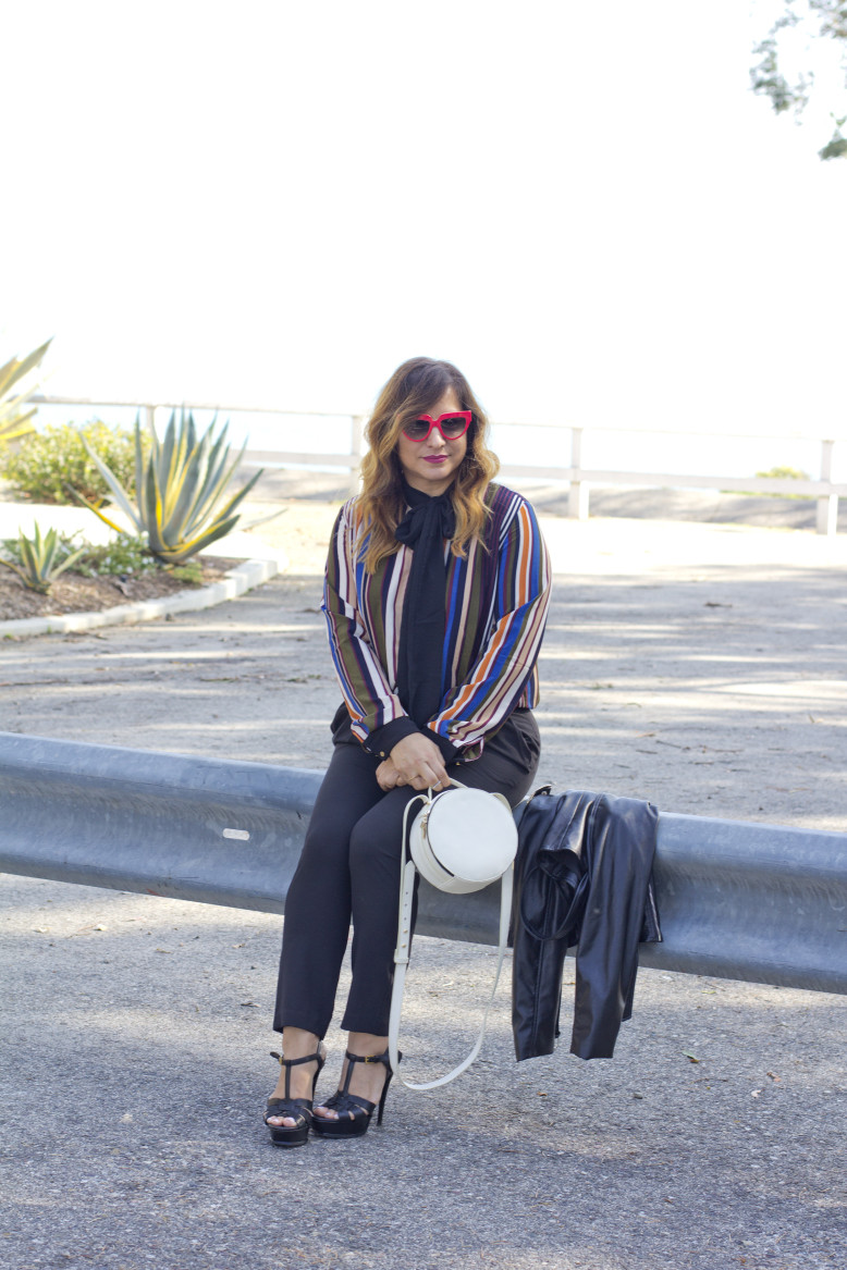 stripes-and-necktie-blogger-style