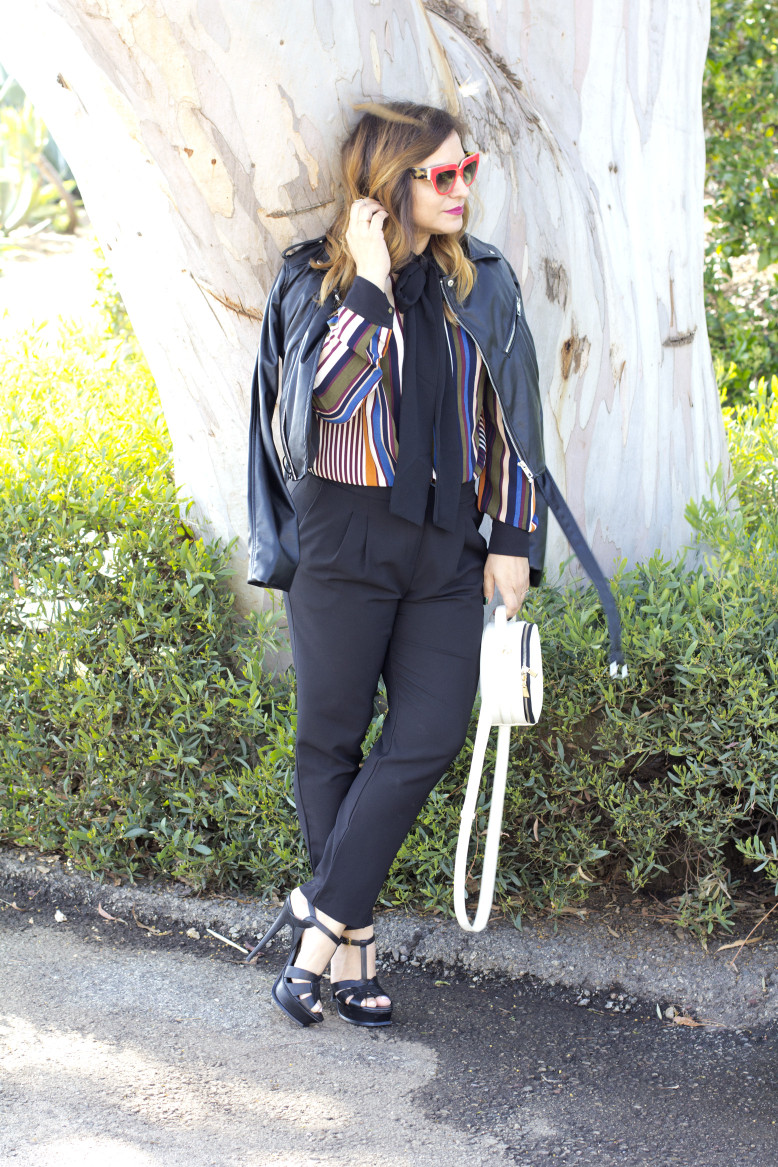 stripes-and-necktie-streetstyle-outfit