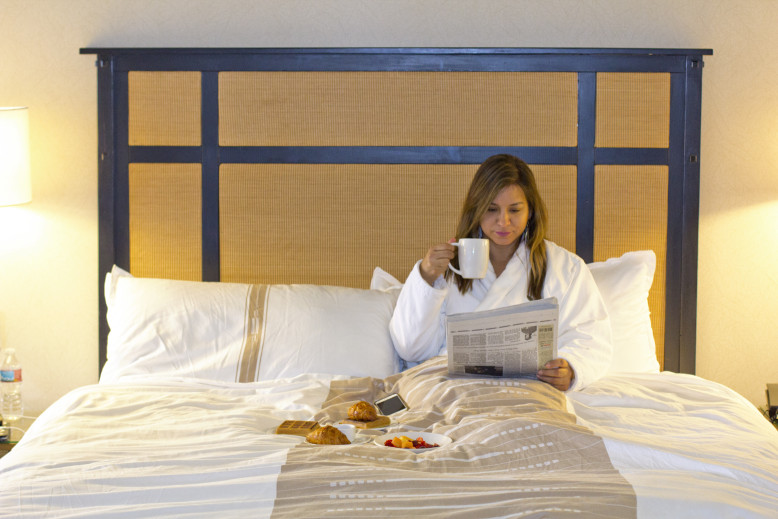 the-ambrose-hotel-blogging-from-bed