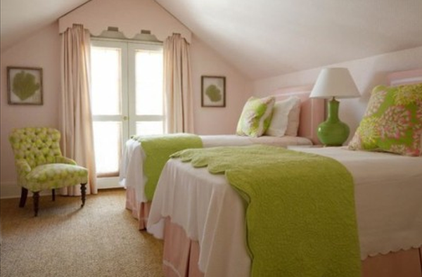 vintage-style-teen-girls-bedrooms. Photo Credit: www.drprem.com