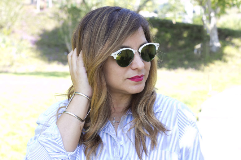 stripes_and_florals_rayban_outfit