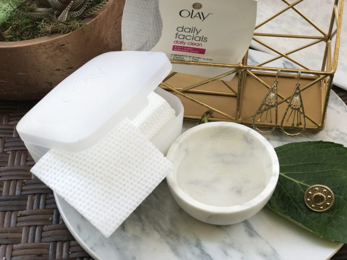 Olay Daily Facials aka The Best Cleansing Cloths 2